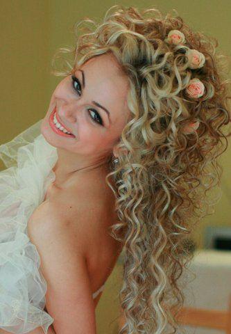 Причёски с греческими повязками на длинные волосы 547